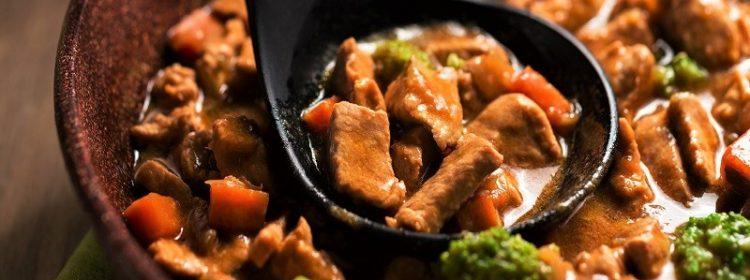 Especial dia das mães: Picadinho de carne com brócolis