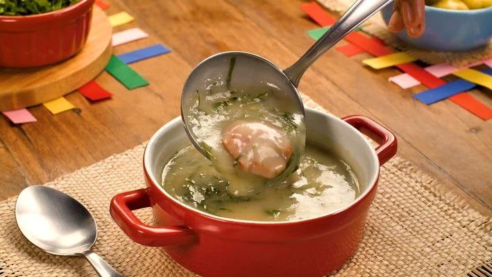 Delicioso Caldo Verde para o inverno: confira a receita