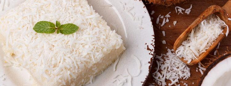 Aprenda a fazer uma sobremesa rápida e fácil, o Cuscuz de Tapioca